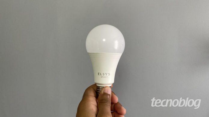 Smart Lâmpada Wi-Fi Elsys