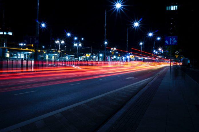 Debates sobre economia de energia devem considerar alternativas para iluminação pública